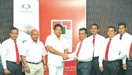 Ideal Automobiles (Pvt) Ltd team members along with Aravinda De Silva (Deputy Chairman –Ideal Automobiles), Nalin J. Welgama (chairman – Ideal Automobiles), Mayura Fernando (CEO of Orient Finance PLC), NilanthaJayanetti (Snr. AGM of Orient Finance PLC), and rest of the Orient Finance PLC Team.