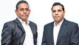Head of the jury panel, Imal Fonseka and Project Chairman Shaminda Perera