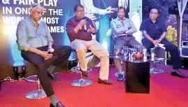 Former Test cricketer Aravinda de Silva speaks at the event.