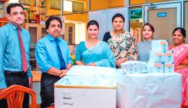 (L to R): Dr. B.I.  Kurukulasuriya (Deputy Director -Apeksha Hospital), Dr. N.Y.K. Wilfred (Director -Apeksha Hospital), Nelum Haththella (Director & Editor - Brides Of Sri Lanka Magazine), Gigi de Silva (Manager, Marketing Communications - Hilton Colombo), Shamendri Jayathilake (Hilton Colombo), Krishanthi Kandage (Pharmacist - Apeksha Hospital)