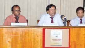 From left: SLEA Editor Sarath Vidanagama, General Secretary Dr. Maringa Sumanadasa, President  Dr. Upananda Vidanapathirana, Vice President Chandrasena Maliyadda and Vice President Raja B.M. Korale. Pic: Chaminda Niroshan