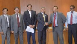 From left: Counsellor, Bangladesh High Commission, Md. Alimuzzaman, , Bangladesh High Commissioner M. Riaz Hamidullah, Board Director, HNB, Dinesh Weerakkody, Bangladesh State Minister of Finance, M.A. Mannan, MD/CEO, HNB Jonathan Alles, and Chief Operating Officer, HNB, Dilshan Rodrigo.