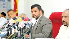Leader of ACMC Rishad Bathiudeen addresses the media with ACMC MPs and officials