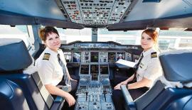 Captain Patricia Bischoff and First Officer Rebecca Lougheed operated flight EK 225 from Dubai to San Francisco