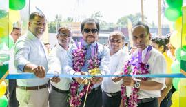 Laugfs Group Managing Director Thilak de Silva and senior management open the Laugfs Supermarket Outlet in Negombo.