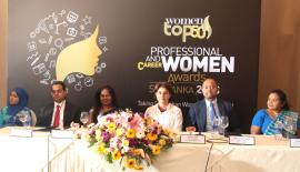 The head table at the launch of Women in Management Awards. Pic: Chaminda Niroshana