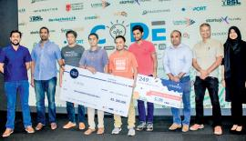 The winners - Plant Doc (Team Scorpion). From left: StartupX Foundry Program Manager Aloka Gunasekara, Director at Informatics International Limited, Hiran Wickramasinghe, Creately Co-Founder, CTO and Chief Architect Hiraash Thawfeek, members of the winning team, Principal at BOV Capital Kishan Nadarajah, and Frontier Research Founder/CEO Amal Sanderatne.