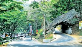 The famous Kadugannawa Rock Tunnel