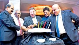 Cutting the cake to celebrate the 10th Anniversary of SLT VisionCom by the Chairman of SLT, Board of Directors& CEO of SLT VisionCom.