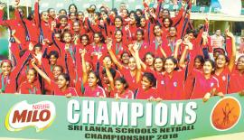 The winners of the Under-19, 15 and 13 age groups of Holy Family Convent Kurunegala come together in celebration. The U-19 girls are Methma Dayaratne (Captain), Sunamya Welagedara, Pabasara Tennakoon, Upekshi Perera, Nipunika Navaratne, Sethmi Danoshi, Ishara Dharmasiri, Oshadi Jayasundera, Sadisna Ranasinghe, Sawani Anupama and Meesha Silva. The Under-15 team comprise Manoda Ranasinghe (Captain), Hiruni Heshani, Pawani Mandira, Chetha Atapattu, Roshari Omalka, Taniya Kumari, Pabasara Divyanjali, Pulini Avi