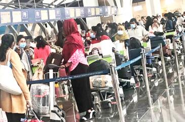 Migrant workers arriving in Colombo