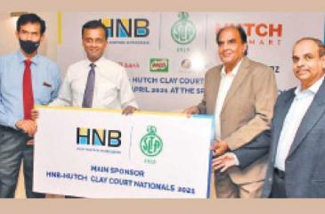 Chammika Weerasinghe (second from left) - Head of Marketing, HNB, handing over the token sponsorship cheque to Iqbal Bin Issack (President, SLTA). Also in the picture are S. Sudarshan (Treasurer SLTA and Pradeep Goonasekera (Tournament Director SLTA)