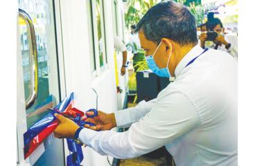 The opening of the People's Leasing sales outlet in Malabe