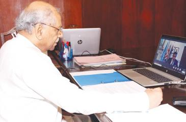 Foreign Minister Dinesh Gunawardena and UK Minister for South Asia and the Commonwealth, Lord Tariq Ahmad during the discussion