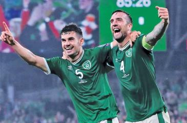 Ireland players celebrate