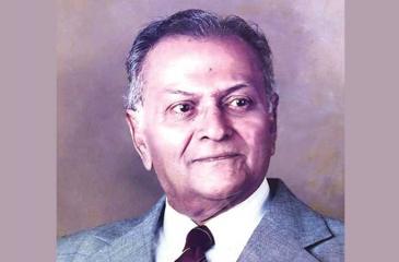Douglas Pathmananda Ladduwahetty