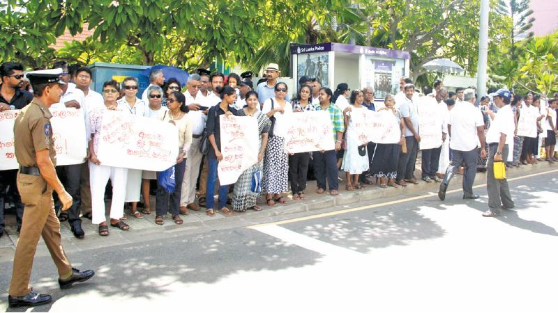 Good Friday street vigil for religious freedom, held in Colpetty