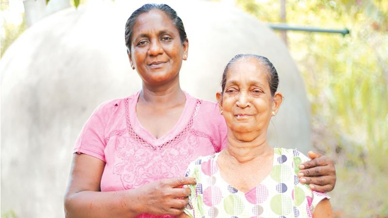 Samawathie (left) with her mother