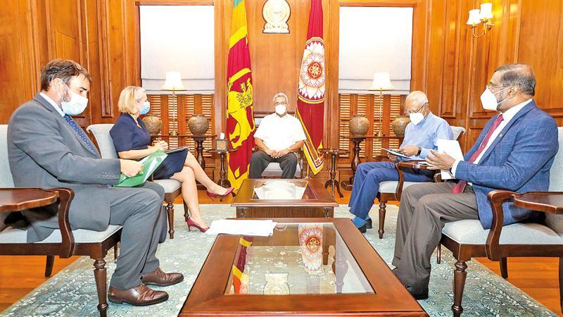 British High Commissioner to Sri Lanka Sarah Hulton called on President Gotabaya Rajapaksa at the Presidential Secretariat on Friday morning (4)