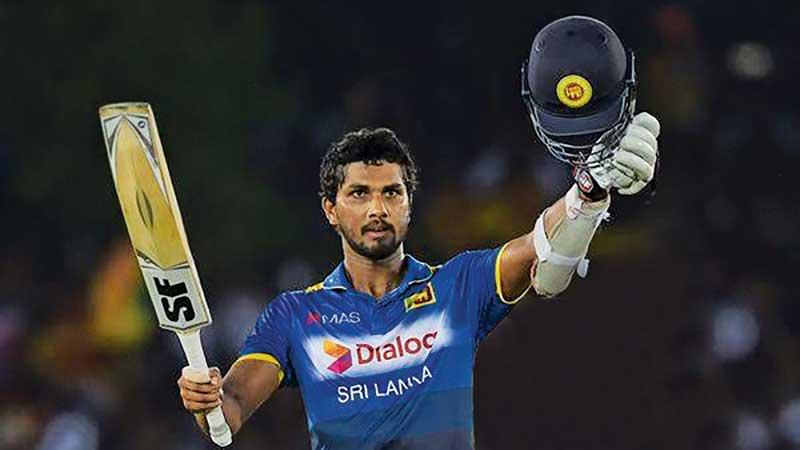 Dinesh Chandimal: Only bright spark for Sri Lanka