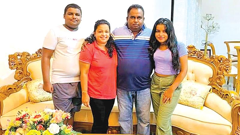 Thimalka with her family